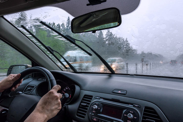 Driving with windshield wipers in the rain